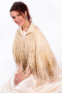 A seamless capelet, ideal for a winter bride. Blue Faced Leicester on silk chiffon with three rows of Wensleydale locks.